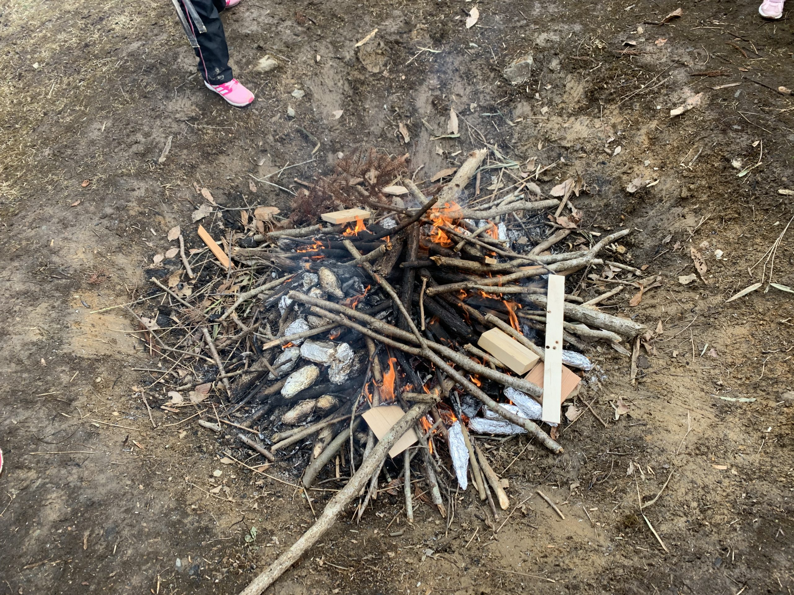 1月の森のアトリエ 冬は焚火!
